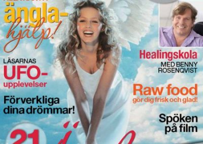 Zoë in Nära Magazine, October 2012